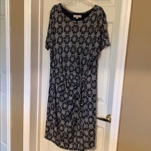 Dresses & Skirts - LOFT Plus 20/22 short sleeved dress with rouching